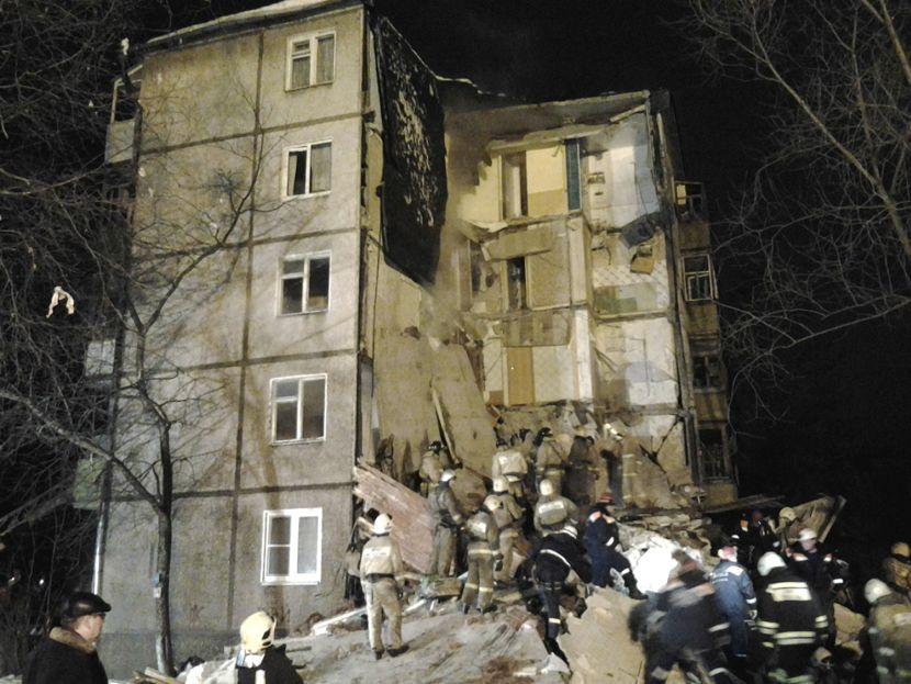 Rusija-Ekplozija-gasa-Zgrada1 (1)