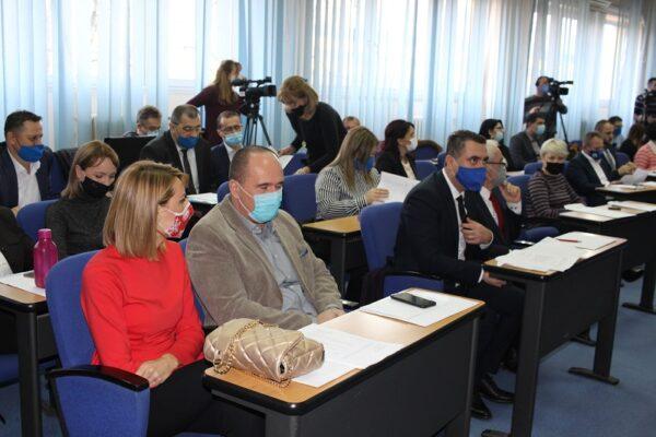 Tuzlanski kanton/Nagrade za neradnike: Naknada i kad ne dolaze na sjednice