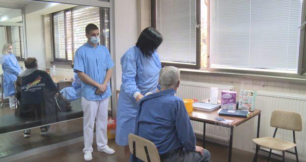 U TK izražen problem odustajanja od vakcinacije, najviše među prosvjetnim radnicima: Preko 1.090 odbilo da se vakciniše